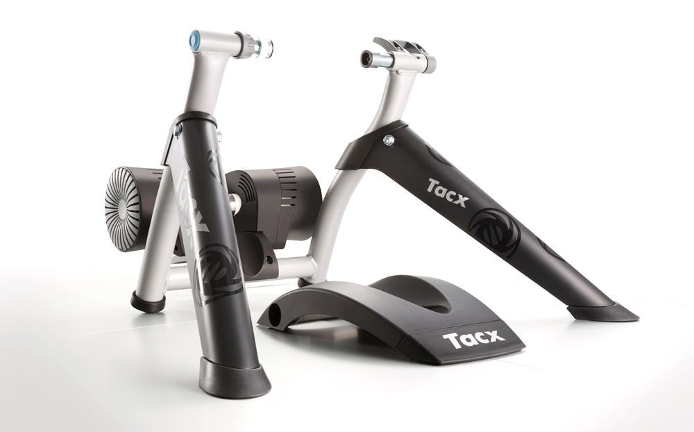 AW19 BIKE1 TACX HOME TRAINER BUSHIDO SMART