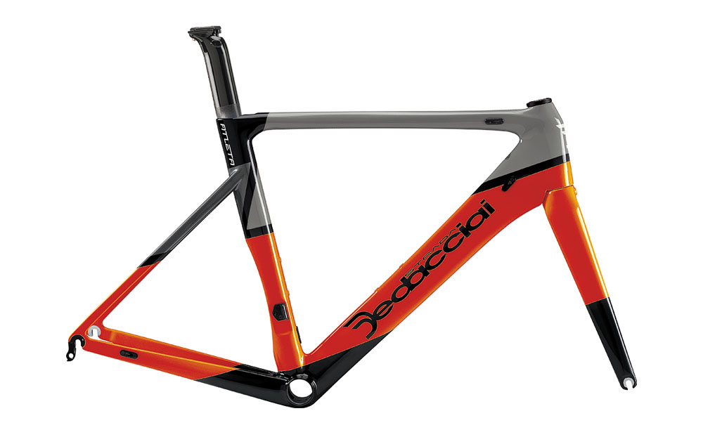 AW19 BIKE1 MAGASIN DE VELO GENEVE DEDACCIAI-STRADA-CADRE-Atleta-ORANGE-ON-GREYAW19 BIKE1 MAGASIN DE VELO GENEVE DEDACCIAI-STRADA-CADRE-Atleta-ORANGE-ON-GREY